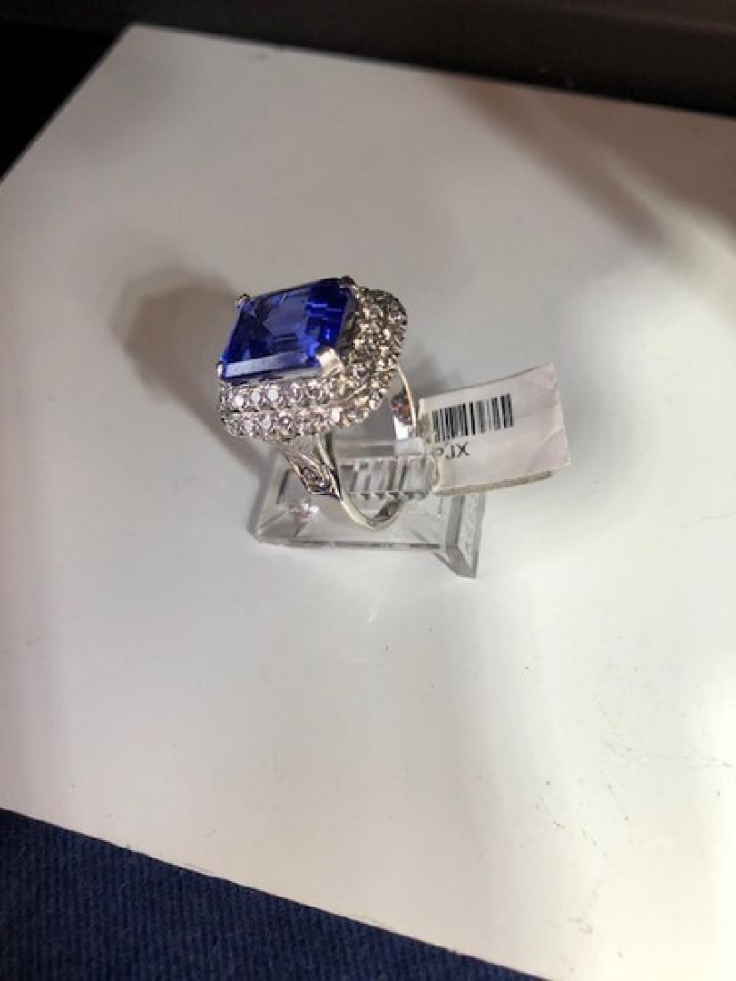 Gold GIA Certified Tanzanite Diamond Cocktail Ring - 3