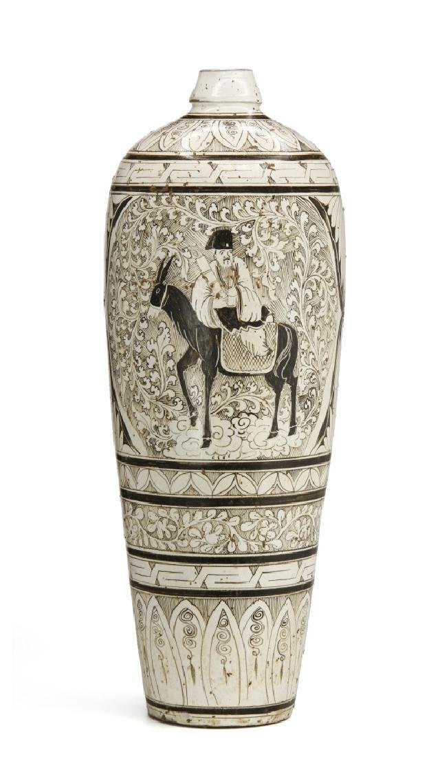 Large T'su-Chou Meiping Vase