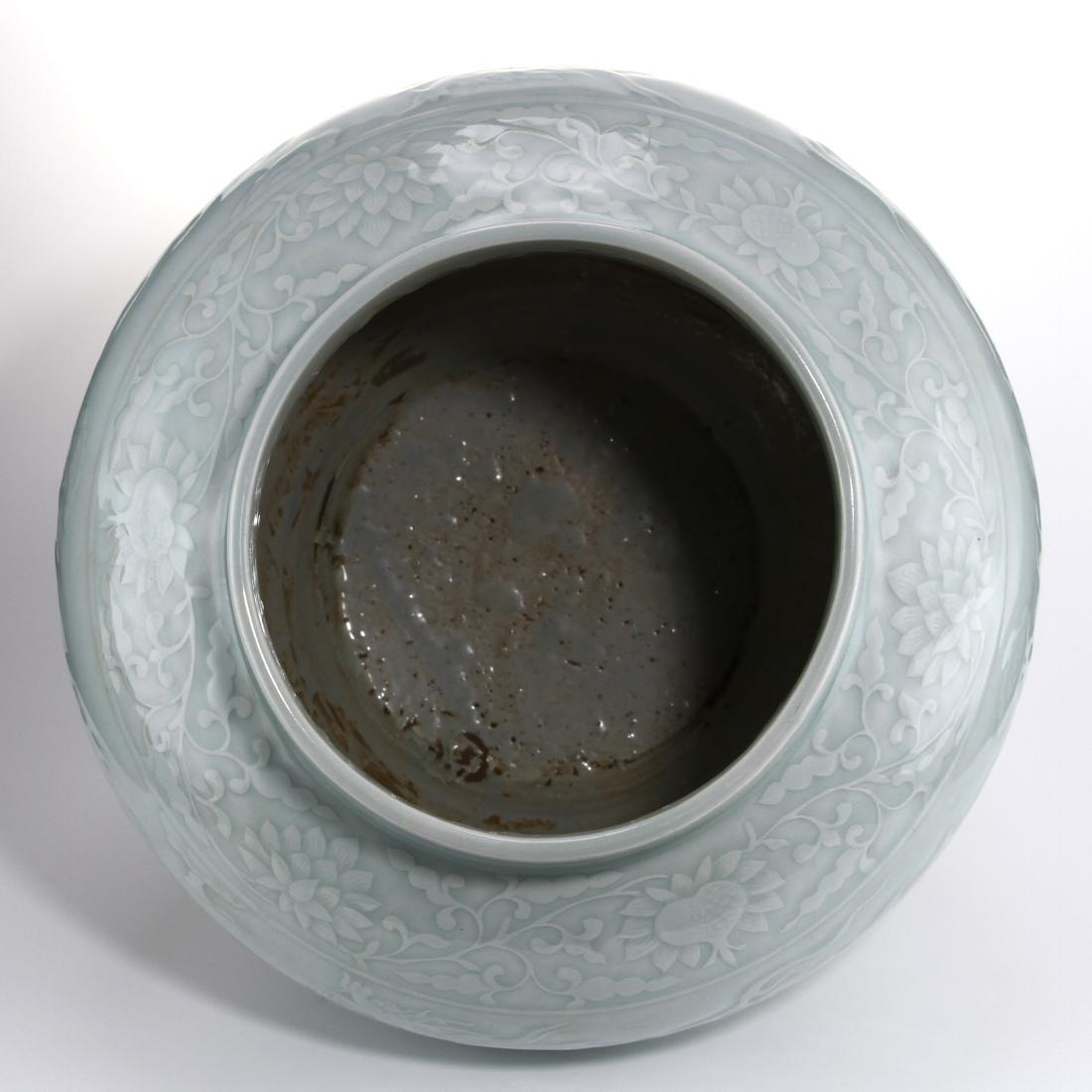 Rare Large Ying Ch'ing Carved 'Dragon' Jar, Yuan - 6