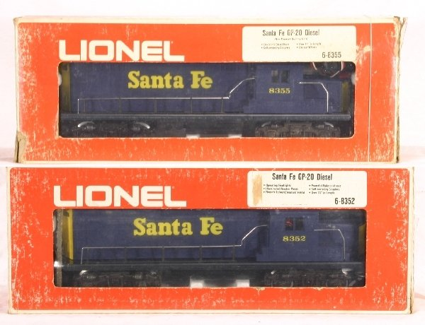 17: Boxed LIONEL/MPC 8355/8352 Diesels: