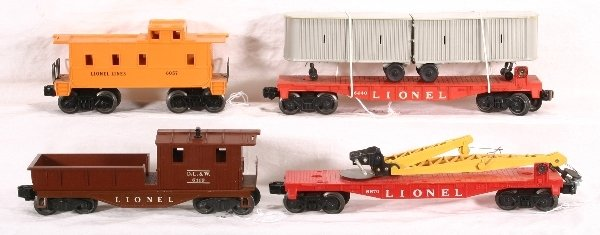 21: 4 pc. LIONEL Freight Cars: