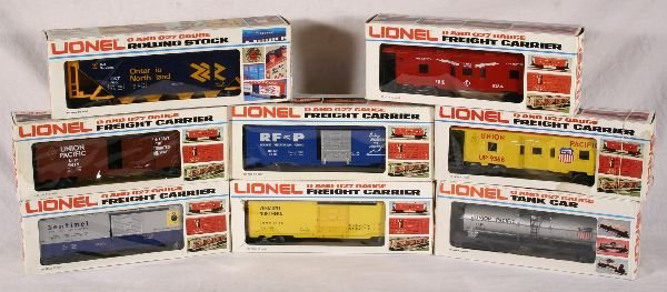 1020: NETTE - 8 LIONEL Cars: