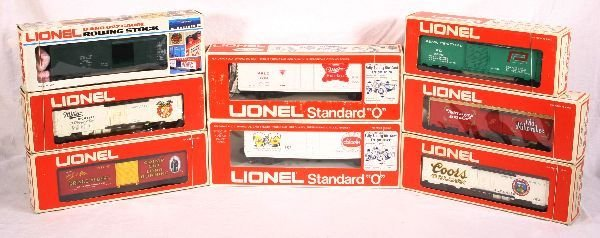 13: NETTE - 8 LIONEL/MPC Freight Cars: