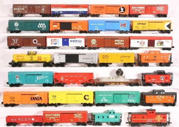 23: NETTE - Box Lot 28 Modern Freight Cars:
