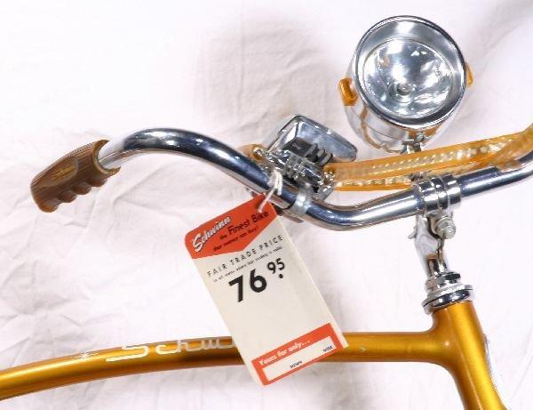184: NETTE - Super SCHWINN Typhoon Bicycle: - 2