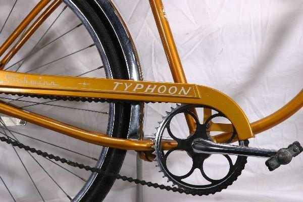 184: NETTE - Super SCHWINN Typhoon Bicycle: - 3