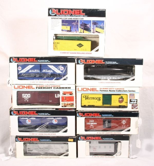 6: NETTE - 9 LIONEL Freight Cars: