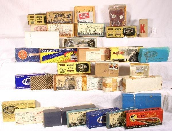3: NETTE - 33 Pc. Early HO Kits Lot:
