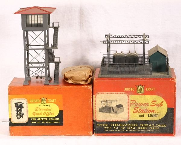 8: NETTE - 2 Boxed ARISTO-CRAFT HO Buildings: