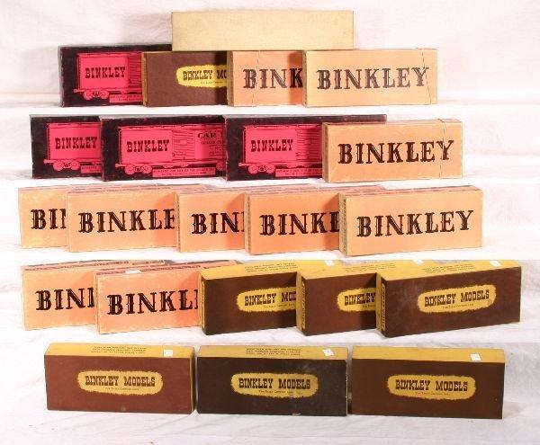 19: NETTE - 22 BINKLEY HO Car Kits: