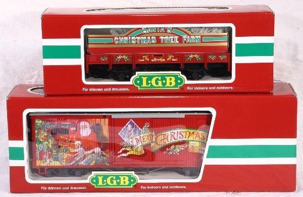 332: NETTE - 2 LGB G Ga. Xmas Cars: