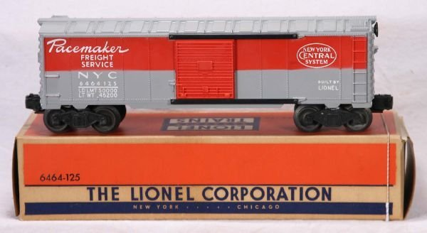333: NETTE - Mint Boxed LIONEL 6464-125 NYC Boxcar: