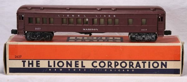 338: NETTE - Boxed LIONEL 2627 Madison Heavyweight:
