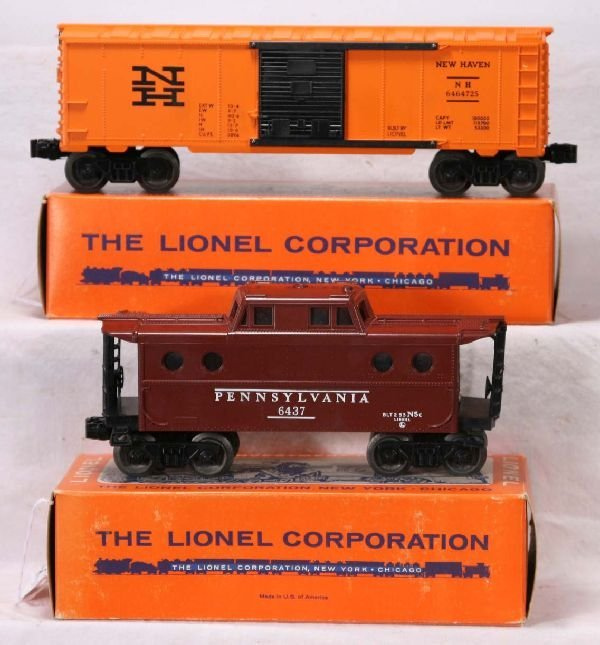 344: NETTE - Mint Boxed LIONEL 6464-725 & 6437 Freights