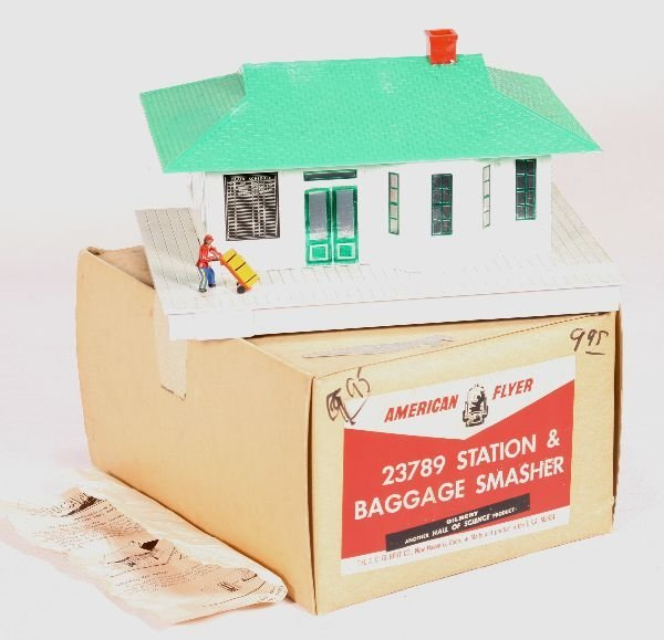 328: NETTE - Boxed AM FLYER S Ga. 23789 Station & Bagga