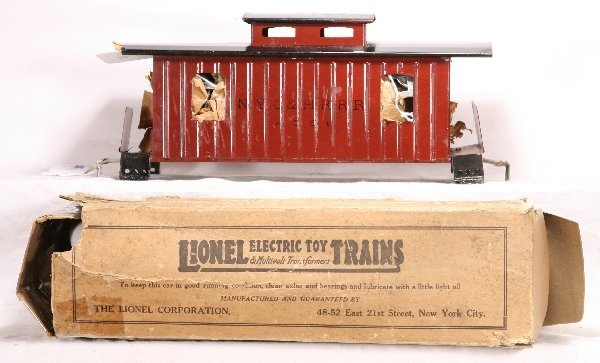 327: NETTE - Unused Boxed LIONEL 17 Caboose: