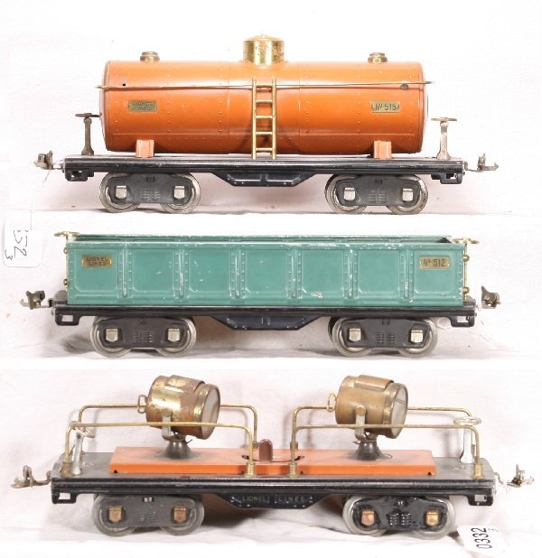 332: NETTE - LIONEL 520, 515 & 512 Freight Cars: