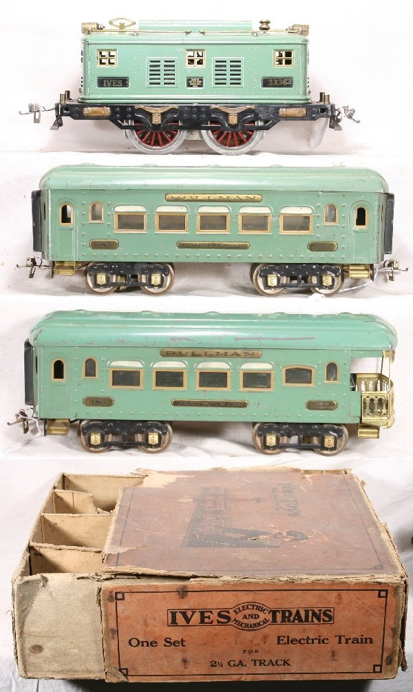 335: NETTE - Boxed IVES Passenger Set: