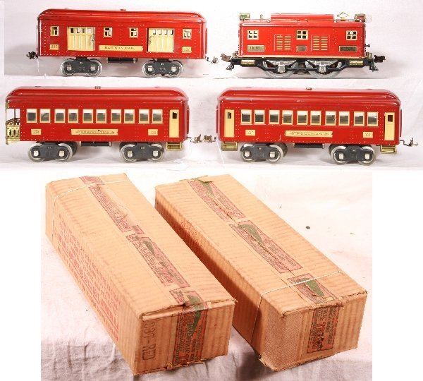 339: NETTE - 4pc LIONEL Red 8 Passenger Set: