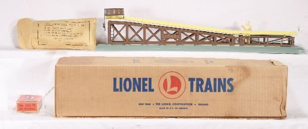 18: NETTE - Super Boxed LIONEL 362 Barrel Ramp: