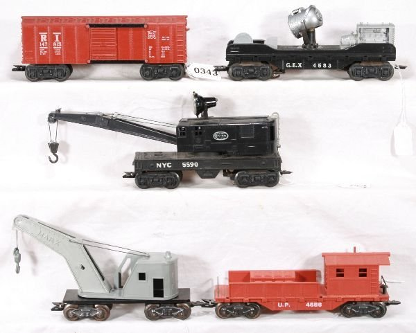 343: NETTE - 5 Deluxe MARX Freight Cars: