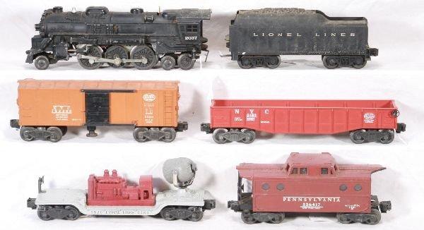 12: NETTE - 6 Pc. LIONEL 2037 Freight Set: