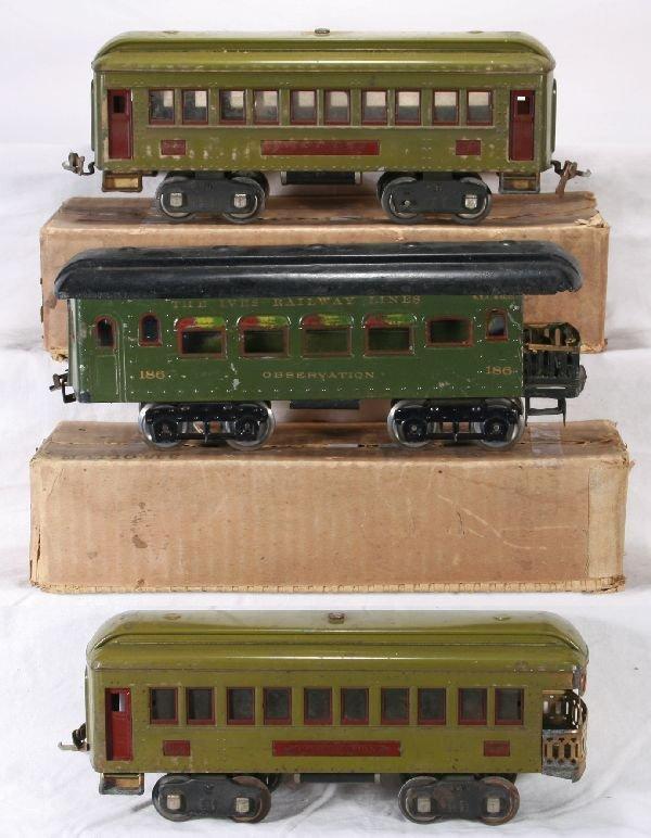 122: NETTE - 2 LIONEL & 1 IVES Passenger Cars: