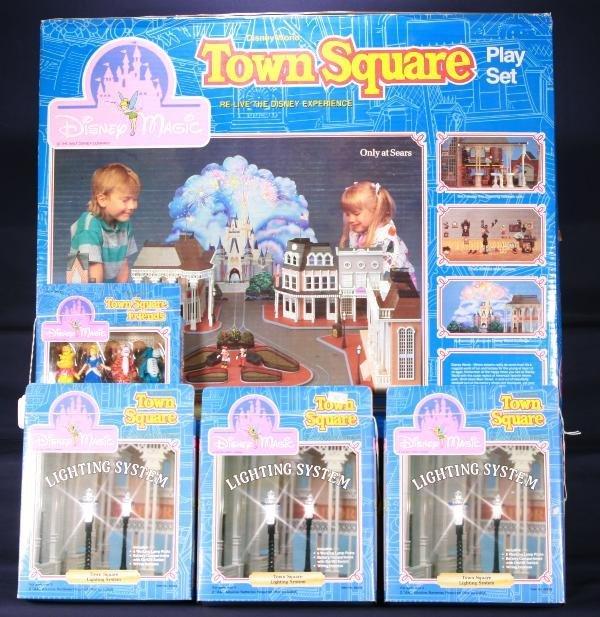 191: NETTE - 5 Pc. DISNEY Town Square Playset Lot: