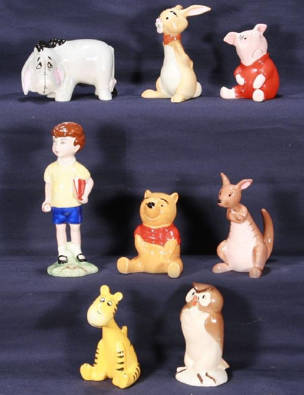195: NETTE - 8 Pc. BESWICK Winnie The Pooh Set: