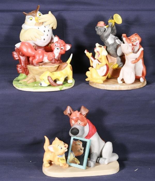 198: NETTE - 3 Bisque DISNEY Figurines: