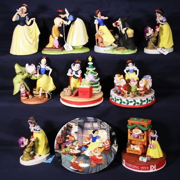 202: NETTE - 9 Pc. Bisque DISNEY Snow White Lot: