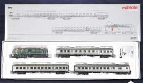 761 NETTE  MARKLIN HO 26511 DB Commuter Set