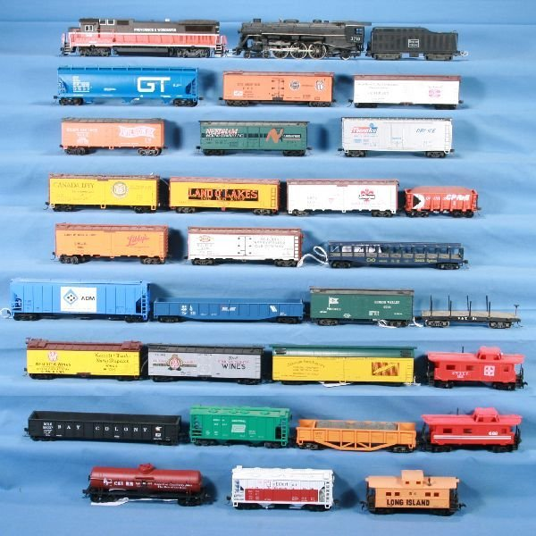 15: NETTE - 30 Pc. HO Ga. Diesel & Steam Freight Lot: