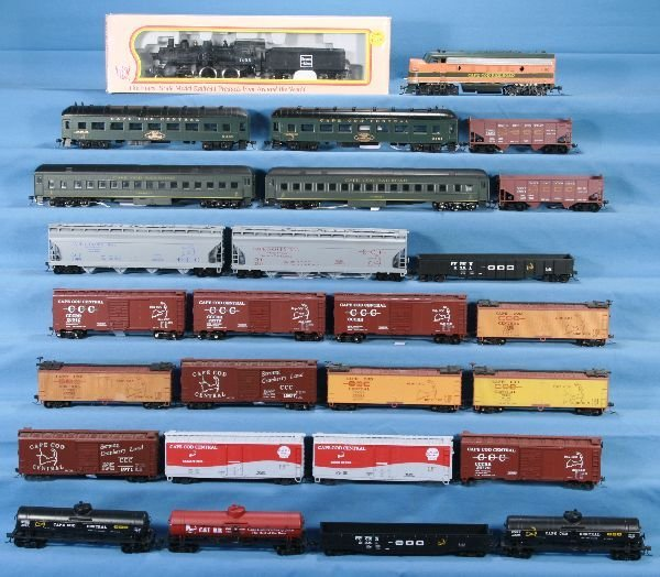 21: NETTE - 27 Pc. HO Ga. Cape Cod Freight & Pass.  Lot