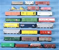 77: NETTE - 26 Pc. HO Ga. Diesel Freight Lot: