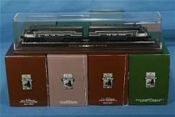 689: NETTE - 5 HALLMARK LIONEL Displays: