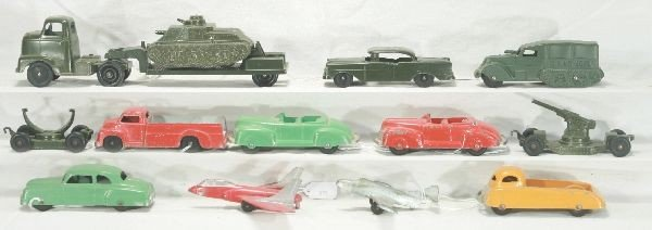 11: NETTE - 12 Pc. TOOTSIETOY Military & Civilian Group
