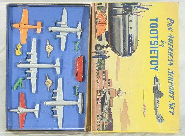 19: NETTE - Boxed TOOTSIETOY 6500 Pan Am Airport Set: