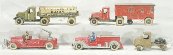 24: NETTE - 5 Early TOOTSIETOY Vehicle Lot: