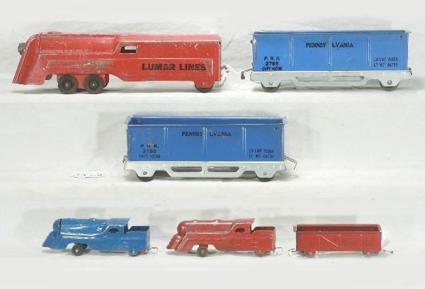 293: NETTE - 1930s MARX Floor Trains: