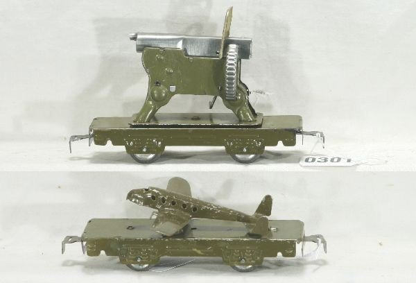 301: NETTE - Two MARX Military Cars:
