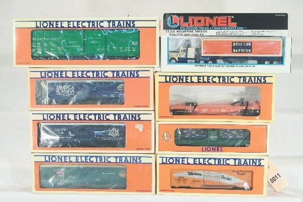 11: 8 Lionel Freight Cars Lot