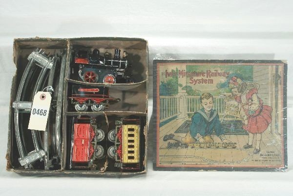 468: Scarce Early Boxed Ives Train Set