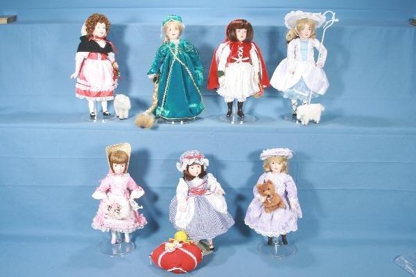 5: 7 Boxed DANBURY MINT Story Book Dolls