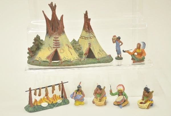 15: 8 pc Elastolin Indian Camp Lot