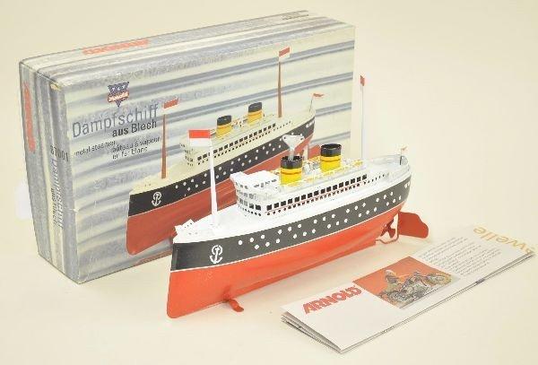 19: Boxed Arnold 87001 Wind Up Ocean Liner