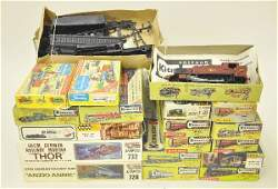 237 23 Vintage Model Kits