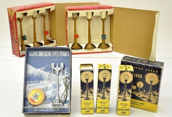 105: American Flyer Lamp Post Lot