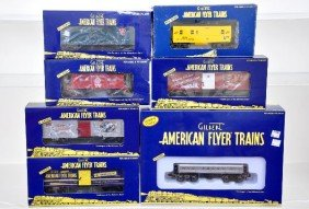 113: American Flyer Lionel S-Gauge Freight Cars