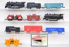 13: Boxed Marx Train Sets 4225 & 4341MO